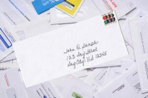 People enjoy receiving a handwritten card
